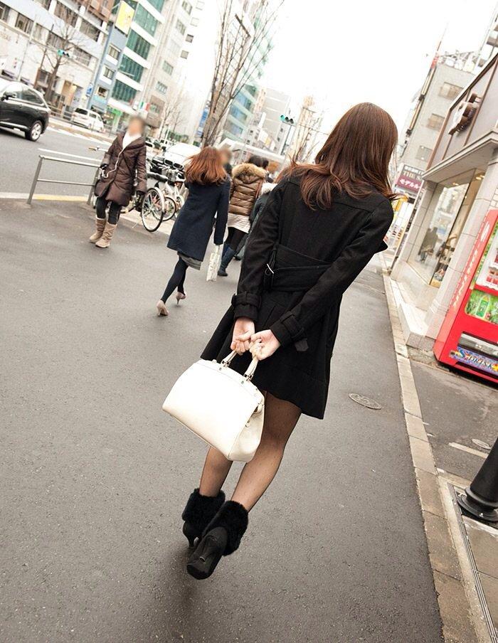 街を歩く一人のOL風お姉さんをナンパ即ハメ撮り画像1枚目