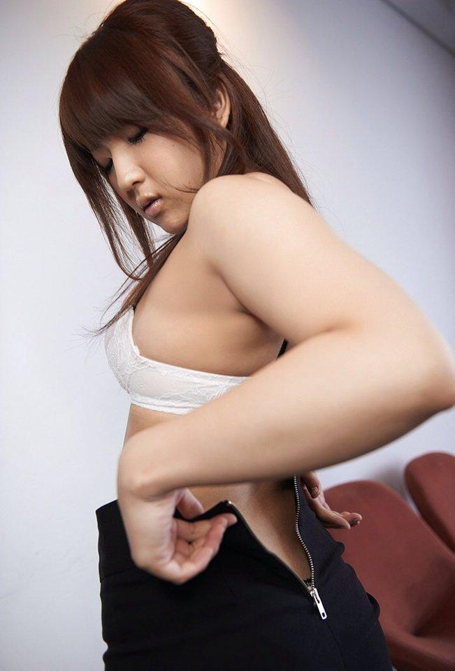 メガネ巨乳白ブラウスミニタイトスカートOLお姉さん6枚目