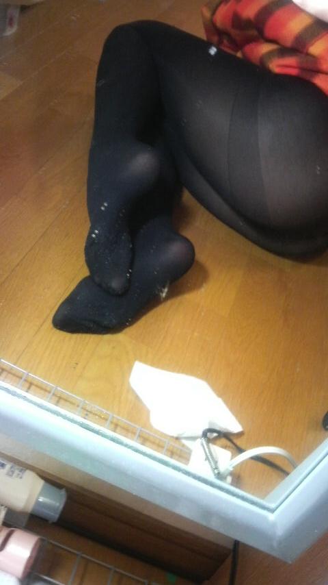 素人女神OLの美脚チン勃起黒タイツ自画撮り画像7枚目
