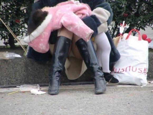 エナメルブーツ着衣パンツずらしセックスエロ画像8枚目