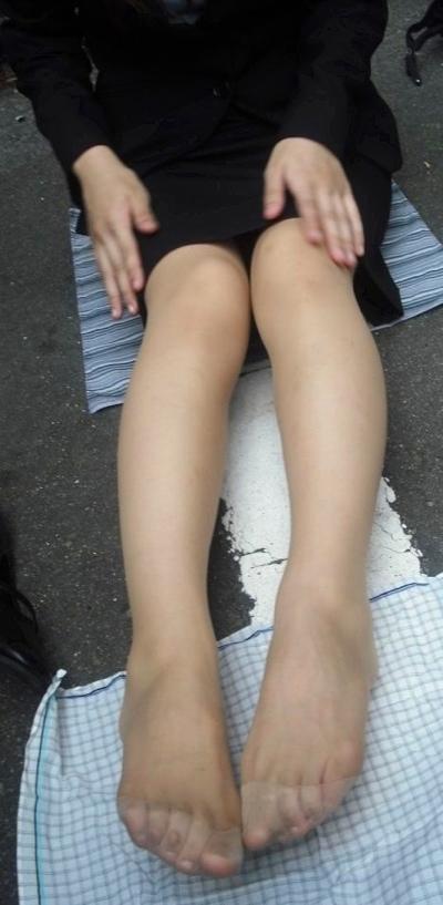 M男向けパンストつま先足コキOLエロ画像15枚目