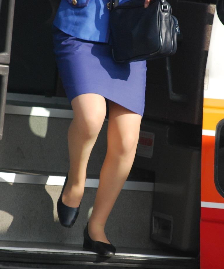 バスガイドのタイトスカートお尻エロ画像8枚目