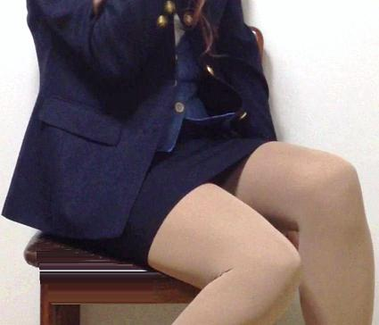 ミニもロングも素敵なタイトスカートOL美脚と美尻エロ画像15枚目