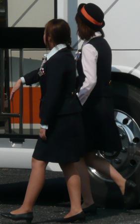 働くバスガイドにバス内でセックスするバスガイド11枚目