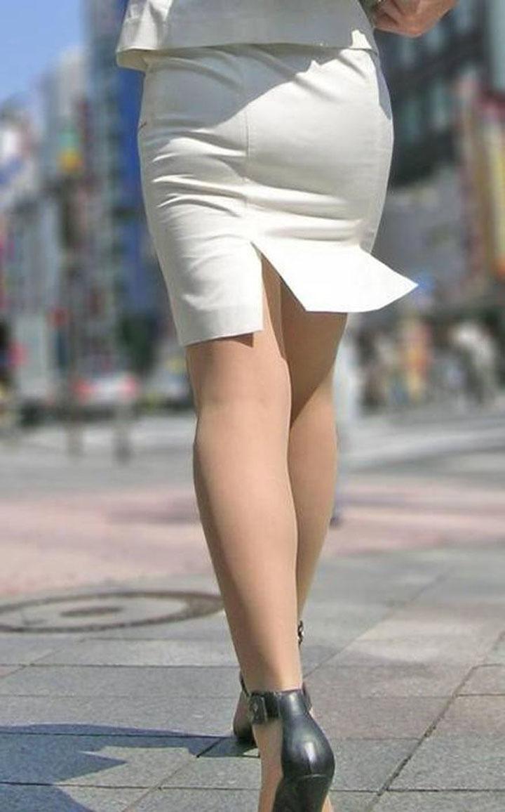 白タイトスカートパンティ透けそうなプリ尻7枚目