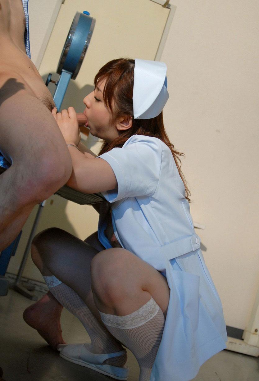 オチンポ注射をしたいエロナースのムラムラ診察13枚目