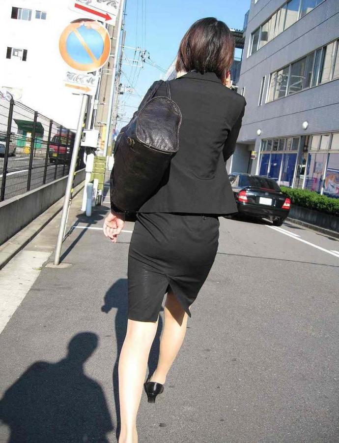 街撮りOLタイトスカート尻の形に一目惚れ画像8枚目