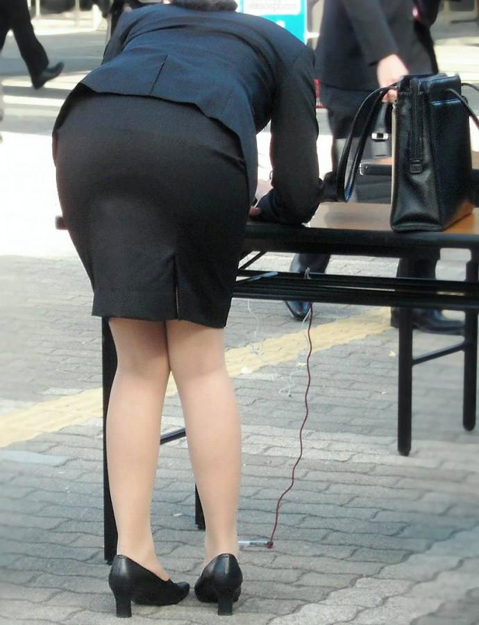 街撮りOLタイトスカート尻の形に一目惚れ画像10枚目