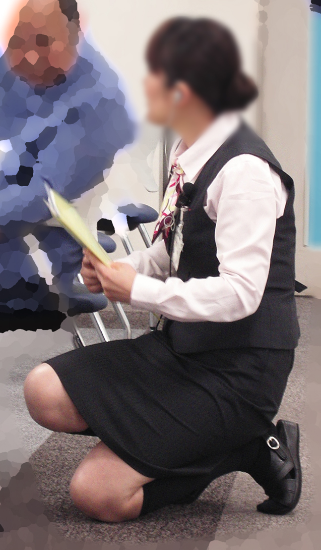 OLのブレザーとタイトスカート姿にフェチを感じるエロ画像5枚目