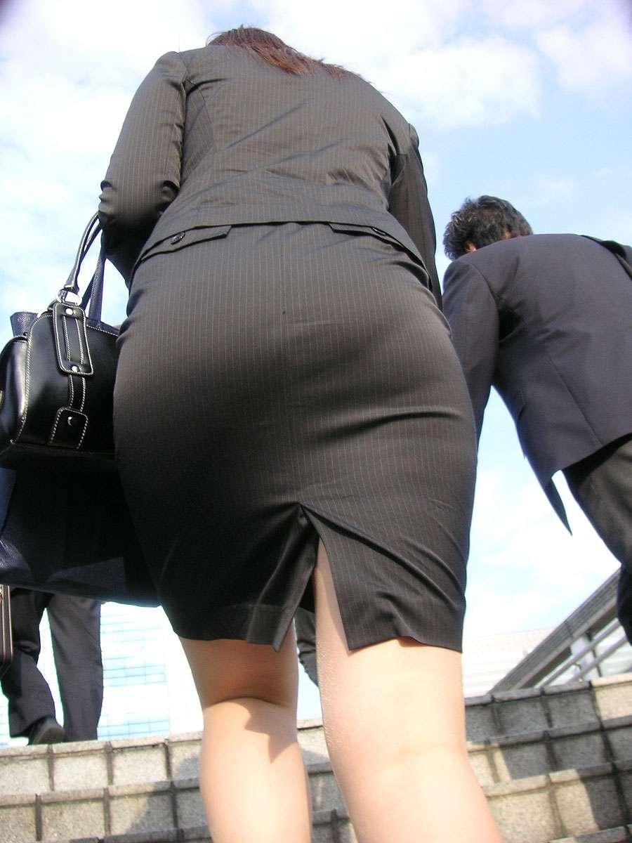 OLタイトスカートの尻!しり!シリ!お尻画像!1枚目
