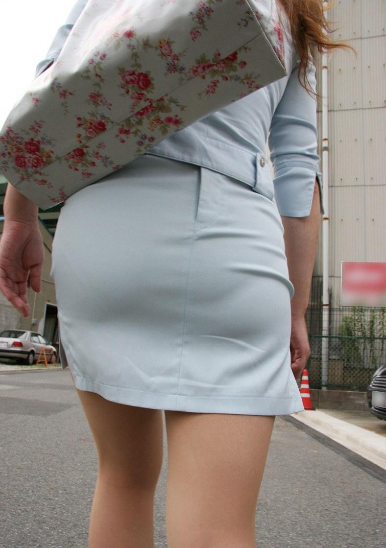 プリプリした尻とスカートのコラボフェチ画像8枚目