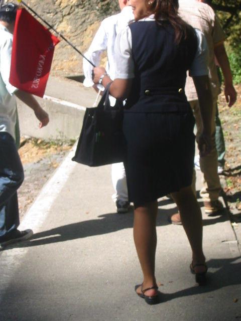 バスで働く素人バスガイドさんの着衣フェチ画像5枚目