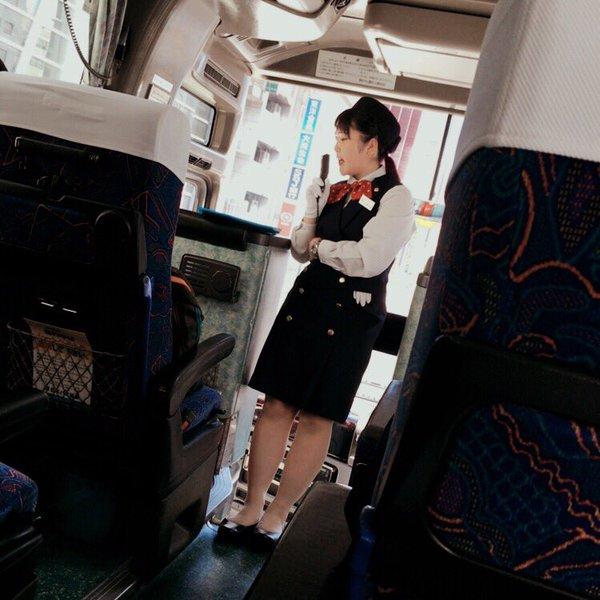 バスで働く素人バスガイドさんの着衣フェチ画像12枚目
