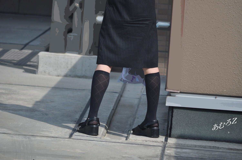 素人OL街撮り盗撮タイトスカートふくらはぎエロ画像15枚目