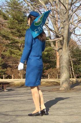 巨尻素人バスガイドのタイトスカート盗撮エロ画像10枚目
