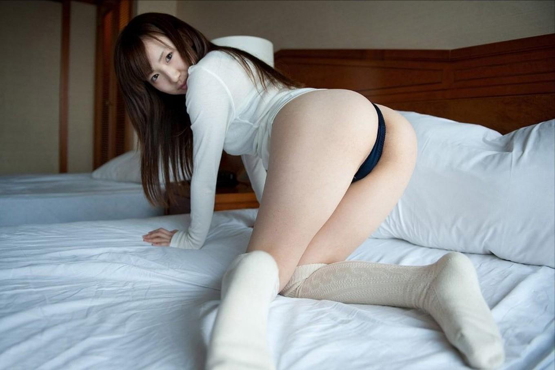 痴女OLの巨尻から美尻まで尻フェチ向けエロ画像1枚目