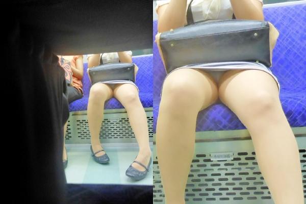電車内OL座りパンチラとパンスト盗撮エロ画像12枚目
