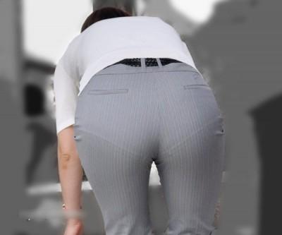 白パン透けタイトスカートパンティラインOL画像6枚目