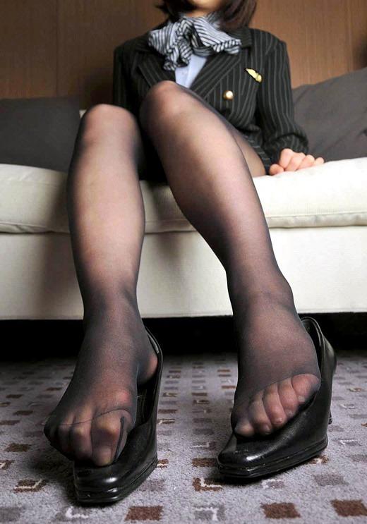 パンストつま先OLの足コキを連想させるエロ画像10枚目