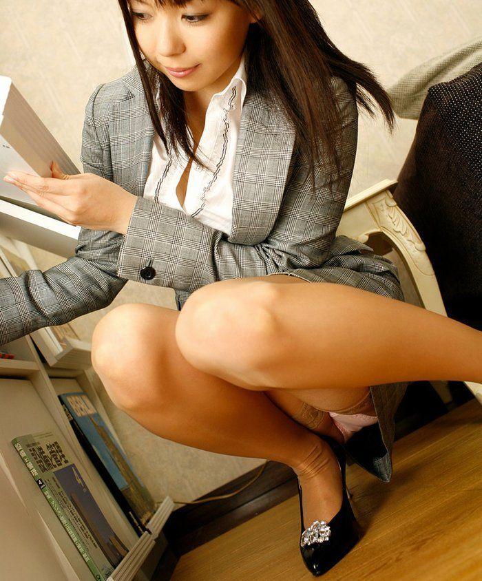 淫乱OL痴女のタイトスカートマニア向けエロ画像15枚目