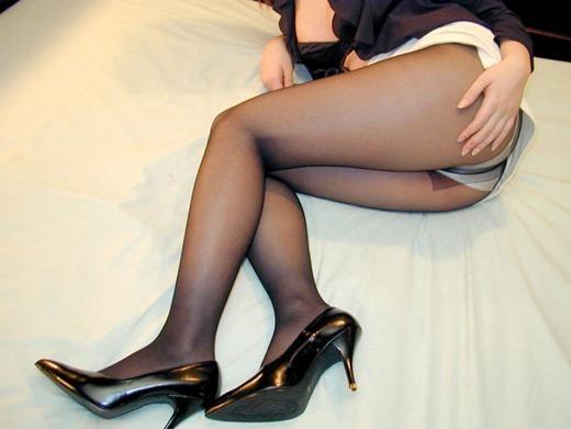 街撮りOLの魅惑美脚とタイトスカート盗撮エロ画像5枚目