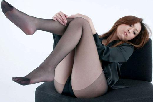 街撮りOLの魅惑美脚とタイトスカート盗撮エロ画像7枚目