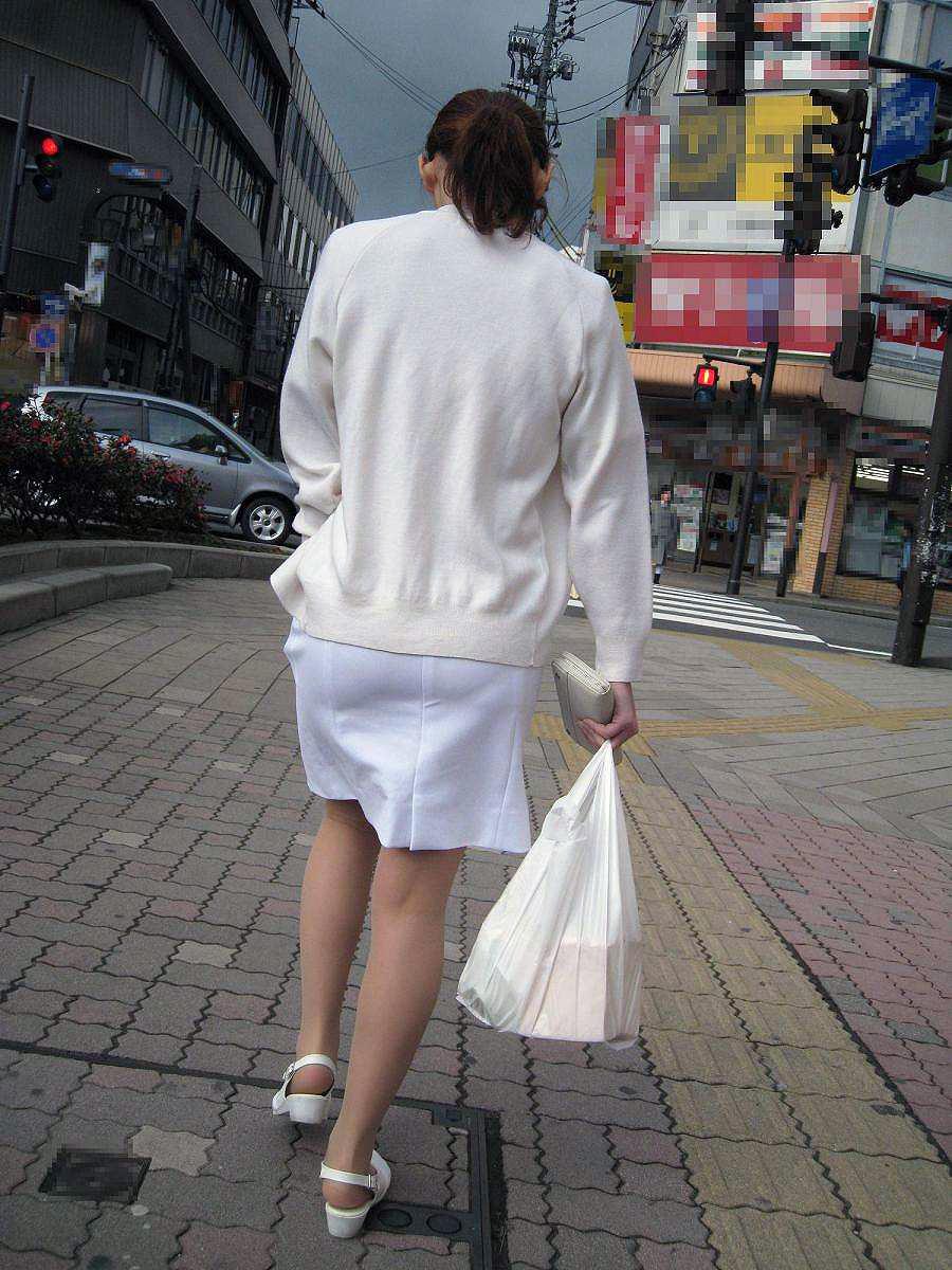 素人ナースの透け白衣ブラジャーとパンティエロ画像8枚目