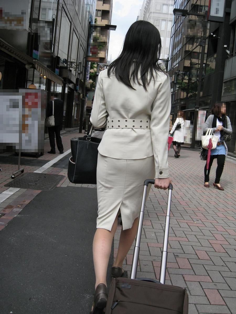 タイトスカート好きのフェチ専用美尻OL画像エロ画像11枚目