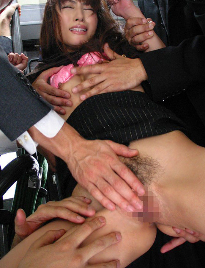 OLが会社内で着衣セックスされ逝きまくるエロ画像9枚目