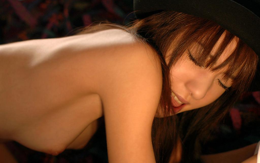 セックス接待する夜行バスのバスガイドエロ画像11枚目