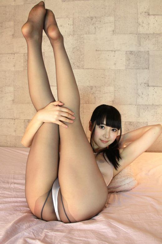 OL達の足裏と卑猥な美脚パンストの組み合わせ画像5枚目