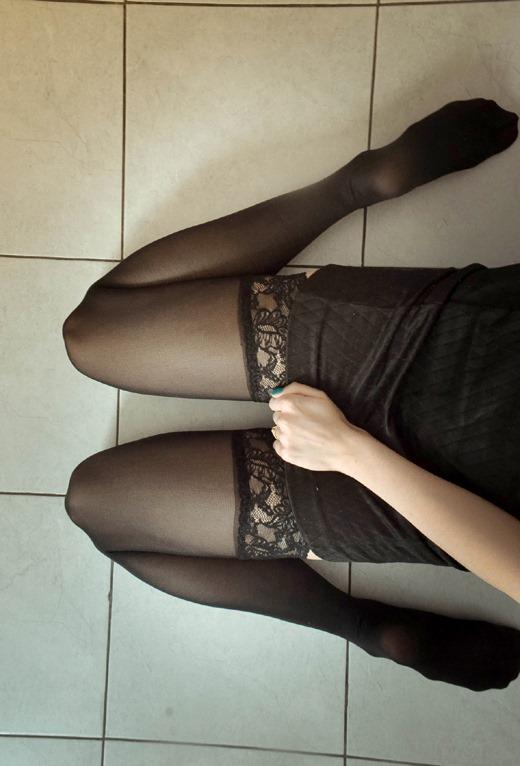 OL達の足裏と卑猥な美脚パンストの組み合わせ画像12枚目