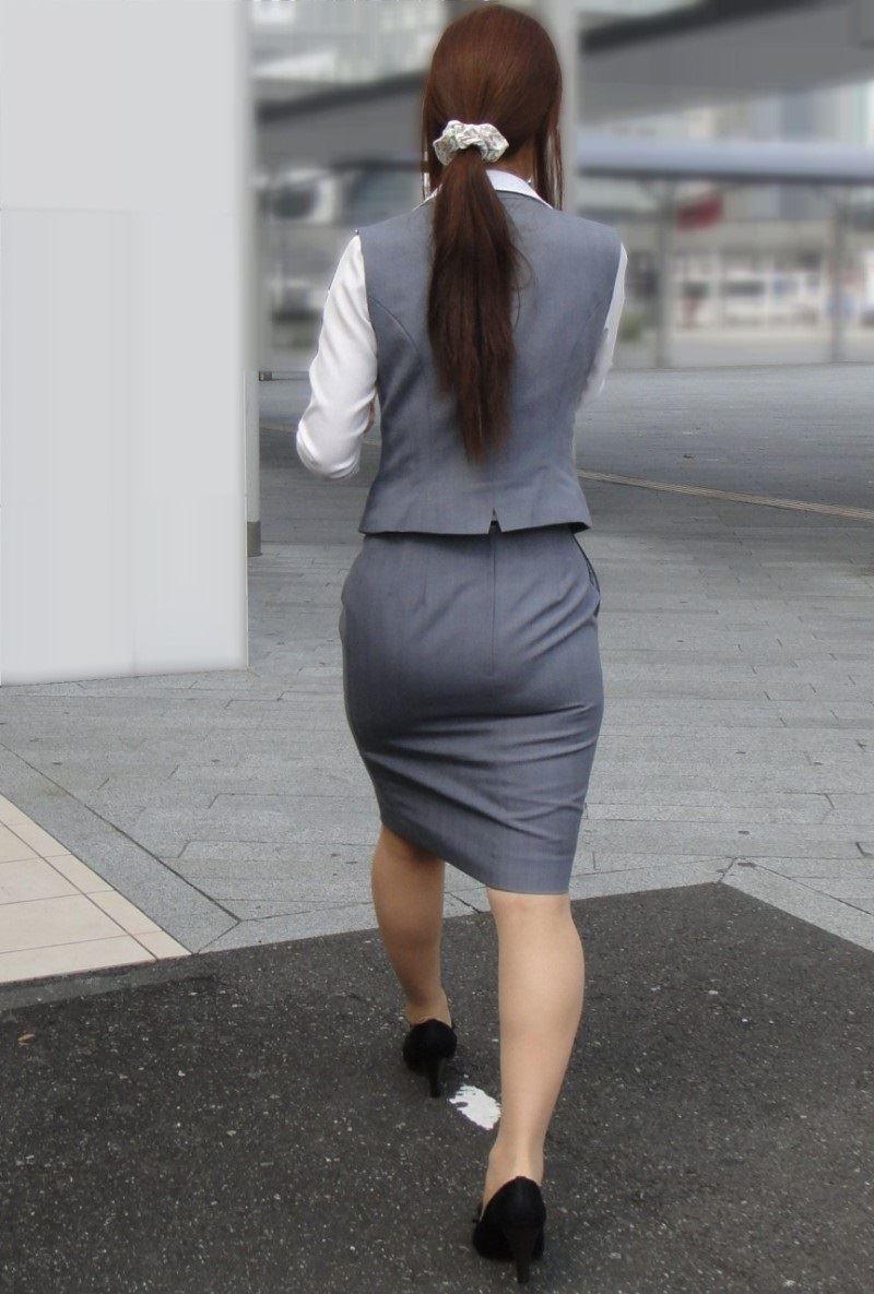 素人OLのタイトスカート街撮りフェチ盗撮エロ画像6枚目