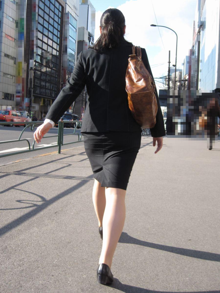 素人OLのタイトスカート街撮りフェチ盗撮エロ画像10枚目
