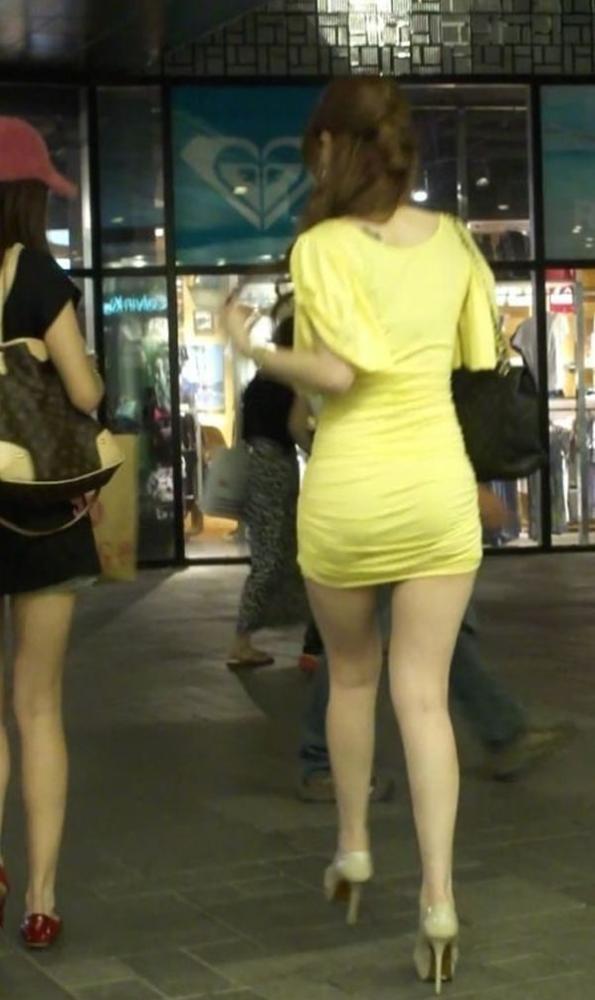 街撮り盗撮でタイトスカートフェチ悶絶OLエロ画像6枚目