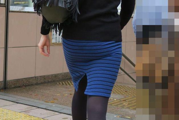 街撮り盗撮でタイトスカートフェチ悶絶OLエロ画像11枚目