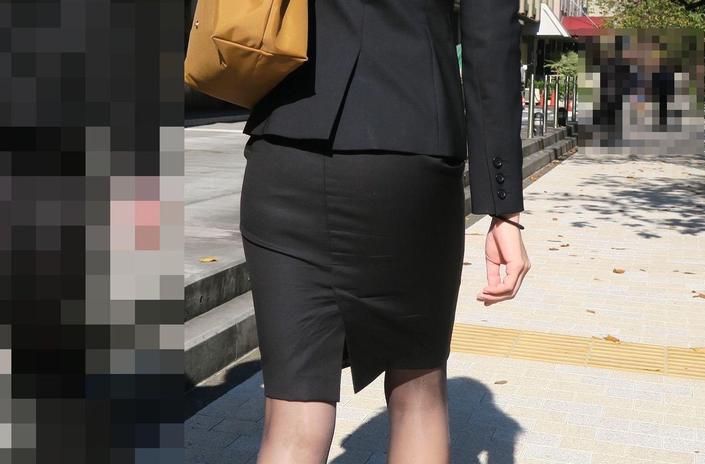 街撮り盗撮でタイトスカートフェチ悶絶OLエロ画像13枚目
