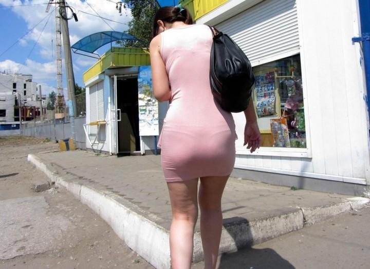 OLタイトスカートフェチ目線の街角盗撮エロ画像16枚目