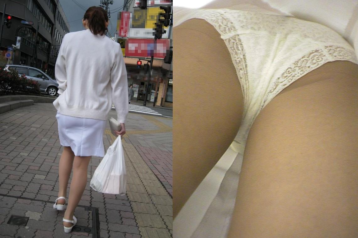 白衣ナースのまんすじまで透けてる逆さ盗撮エロ画像2枚目