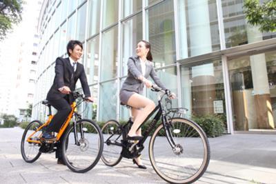 狙われたOLの自転車タイトミニ三角盗撮エロ画像2枚目