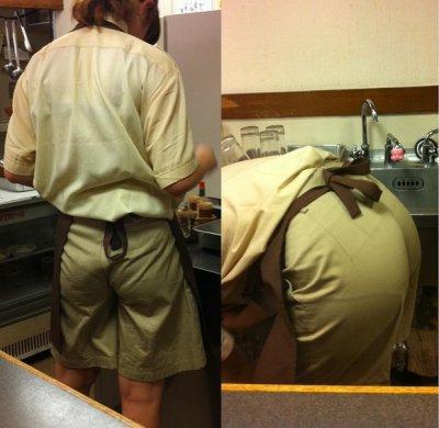 店員さんのトイレを盗撮のマクドナルドエロ画像3枚目