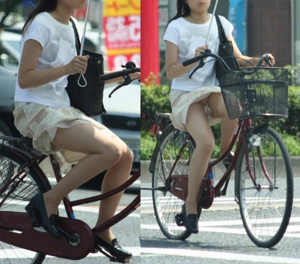 美脚OLの自転車通勤中のパンスト三角盗撮エロ画像8枚目