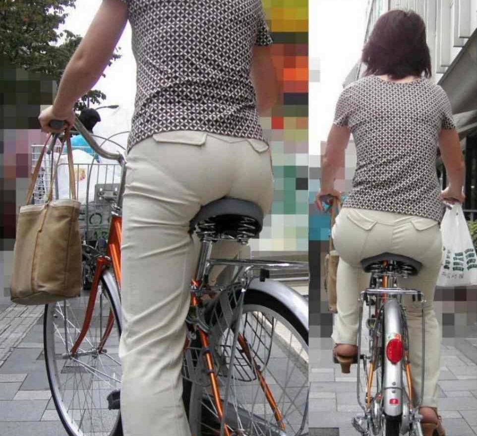 自転車OLのたくし上げスタートからパンチラエロ画像12枚目