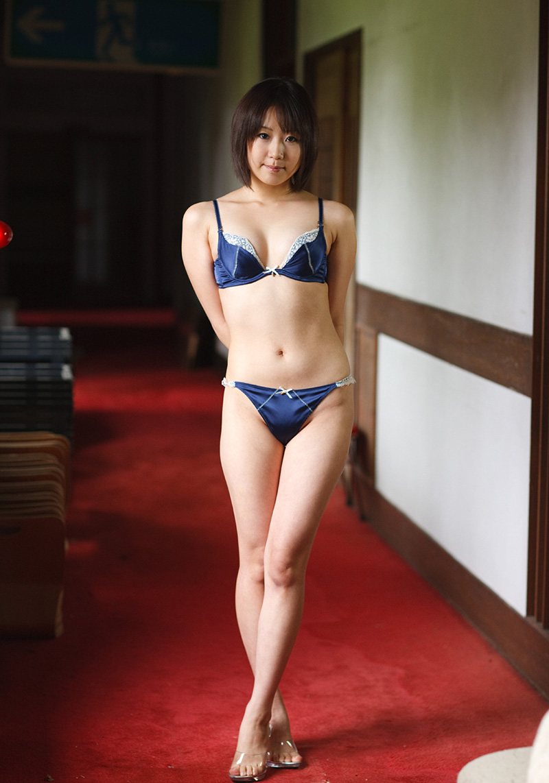 淫乱OLの卑猥なセクシーランジェリーの誘惑エロ画像15枚目