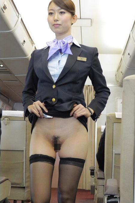 美人CAのタイトスカート三角の欲求不満盗撮エロ画像16枚目