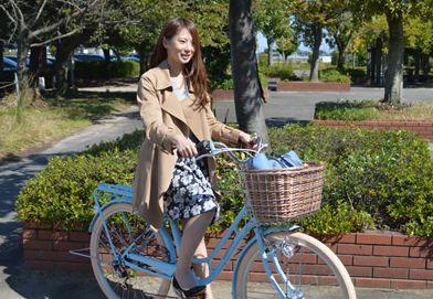 街を走るOLの自転車で張り詰めた巨尻を盗撮したエロ画像6枚目
