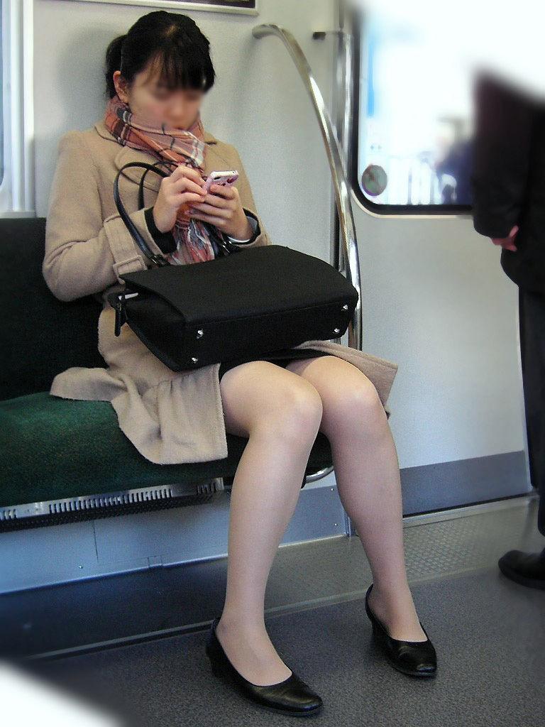 素人OLが就活で人事と関係して内定が決まった枕営業エロ画像12枚目