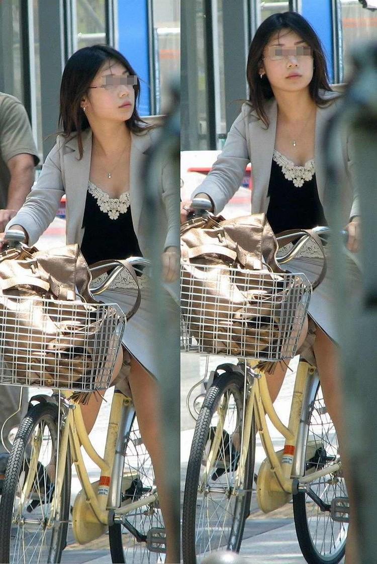 美脚OL達のタイトスカート姿を盗撮したエロ画像7枚目