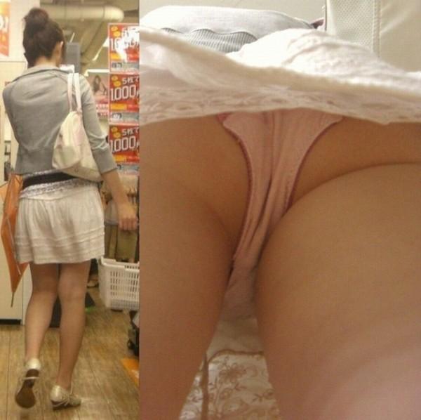 黒いパンティ淫乱OLのタイトスカート逆さ盗撮画像2枚目