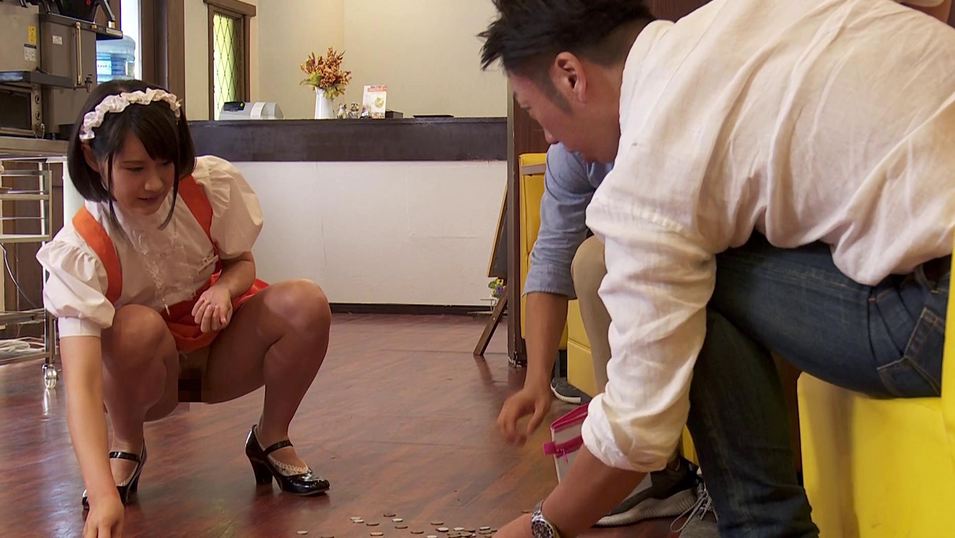 キモオタ客に体で弁償するファミレス店員制服画像6枚目